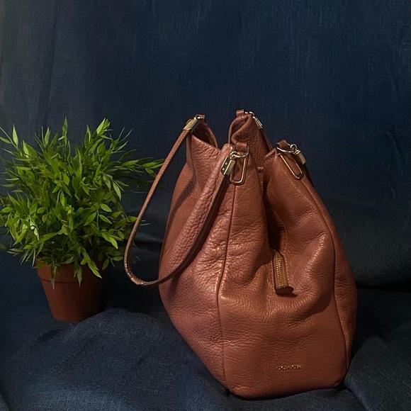 Coach Madison leather shoulder bag N0 J13612-26224